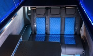 campervan-conversion-with-three-seater-reinmo-3000-bedseat