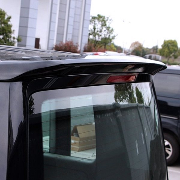 Primed-VW-T5-Sportline-spoiler-barn-door