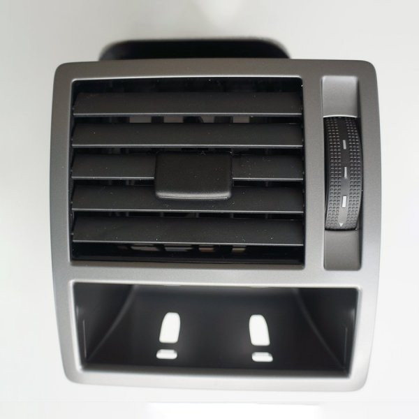 VW-highline-dash-vent-off-side