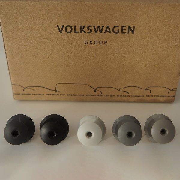 pearl-moonrock-classic-black-and-anthracite-panel-clips-vw-t5-t6-volkswagen