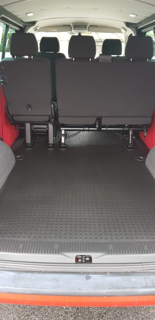 load mat, brackets and seatbelts from 2018 vw t6 Kombi are included in the sale
